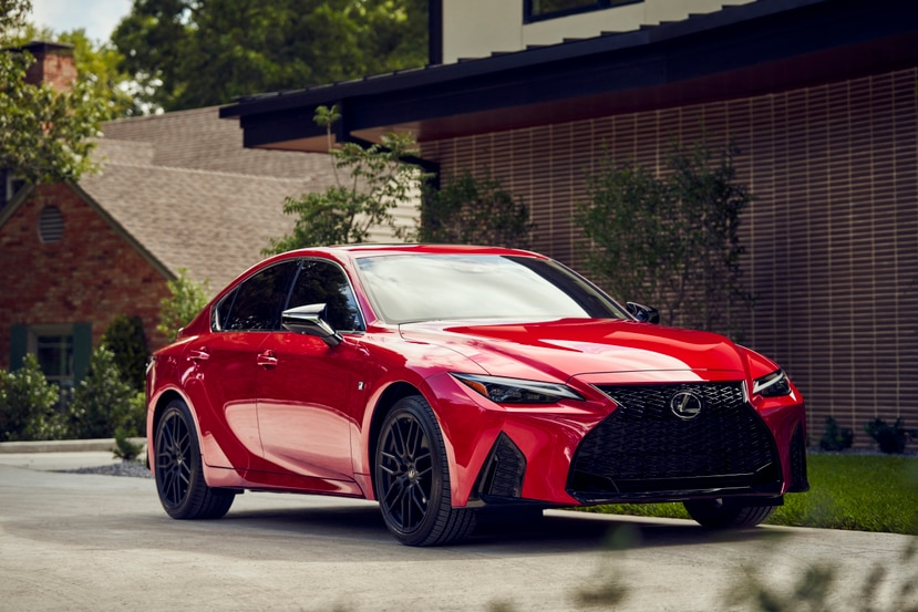 Lexis IS 350 F Sport del 2021.
