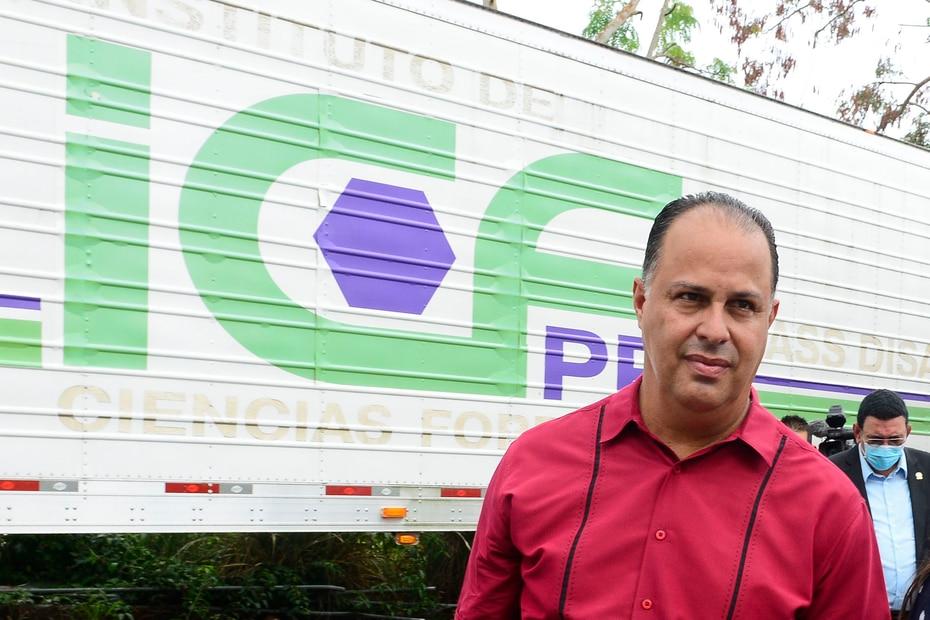 Juan O. Morales Rodríguez - A favor