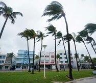 La tormenta tropical Eta ocasiona fuertes aguaceros en Florida