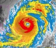 El tifón Surigae estaba el lunes por la tarde unas 310 millas al este de la provincia de Quezo.
