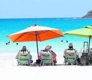 Un 45% de los viajeros planea disfrutar sus vacaciones en la playa durante los próximos 18 meses. También es más probable que reserven estancias más largas, visitas guiadas o actividades al aire libre para sus próximas vacaciones, informó Expedia Group.