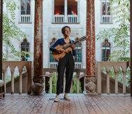 Cuatrista puertorriqueña demuestra el poder de la música