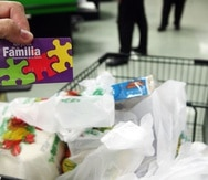 Recientemente, Agricultura federal eliminó la porción en efectivo para obligar a que los beneficiarios usen el 100% del dinero en alimentos. (GFR Media)
