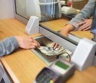 Además de las sucursales disponibles, los clientes podrán utilizar los servicios que se ofrecen a través de los cajeros automáticos para realizar sus transacciones.