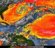 Imagen de satélite de polvo del Sahara en la mañana de hoy, sábado, 22 de mayo de 2021. La escala establece que las áreas entre rojo a blanco representa las altas concentraciones del polvo.
