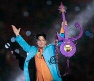 Prince durante su presentación en el espectáculo de medio tiempo del Super Bowl XLI en Miami. (AP/Chris O'Meara)