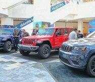 Parte de los exhibidores del Puerto Rico International Auto Show en Plaza Las Américas. (Pablo Martínez Rodríguez/ pablo.martinez@gfrmedia.com)