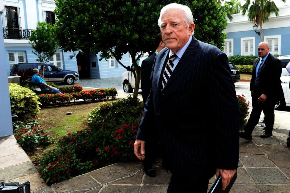 Su abuelo, Antonio R. Barceló, que era independentista, fue en el 1917 el primer presidente del Senado de Puerto Rico.