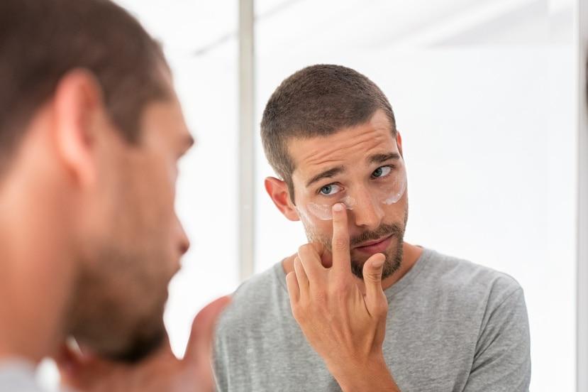 La rutina para el cuidado de la piel masculina no debe ser complicada.