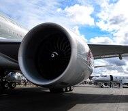 Otro avión Boeing 777 realiza aterrizaje de emergencia tras falla de un motor