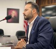 Asociación de Alcaldes implementará medidas más restrictivas contra el COVID-19 si el gobernador no lo hace