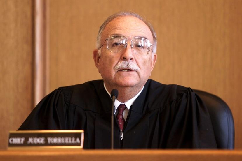 """""""Creo que la Junta (de Supervisión Fiscal) ha sido más suave con Puerto Rico de lo que la gente esperaba. Pero eso no tiene que ver con la legalidad o ilegalidad de la situación. Tengo opinión.  Pero, me la reservo"""", sostuvo el juez. (GFR Media)"""