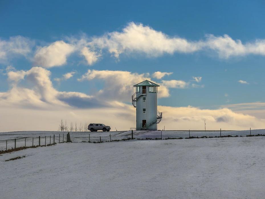El alojamiento de Airbnb en el interior de una torre, en Islandia, tiene cuatro apartamentos.