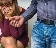 Una de las primeras fases que experimentas durante una infidelidad es la negación. (Shutterstock)