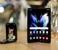 Así lucen los nuevos modelos de los Samsung Galaxy Z Flip 3 (izquierda) y Fold 3.