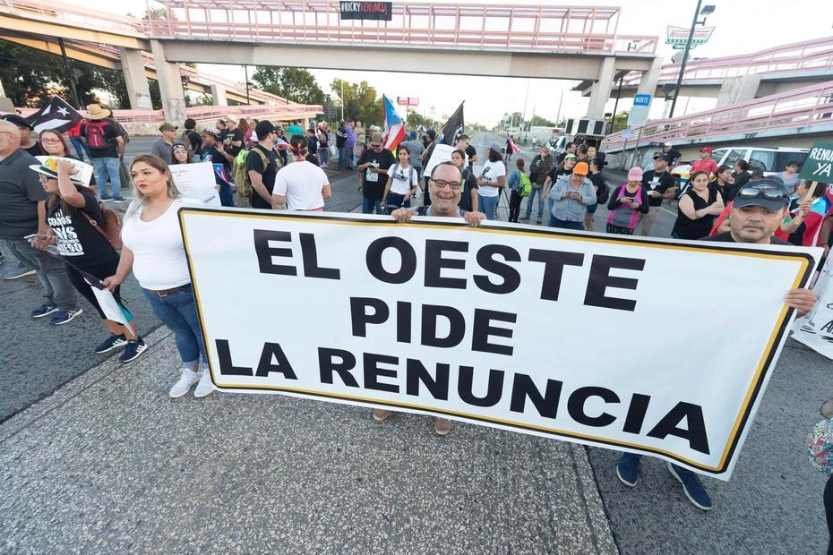 La manifestación se registró en la entrada principal del centro comercial Mayagüez Mall.