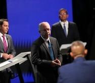 El candidato a la gobernación por Proyecto Dignidad, el doctor César Vázquez, presentó varias de sus plataformas durante el debate.