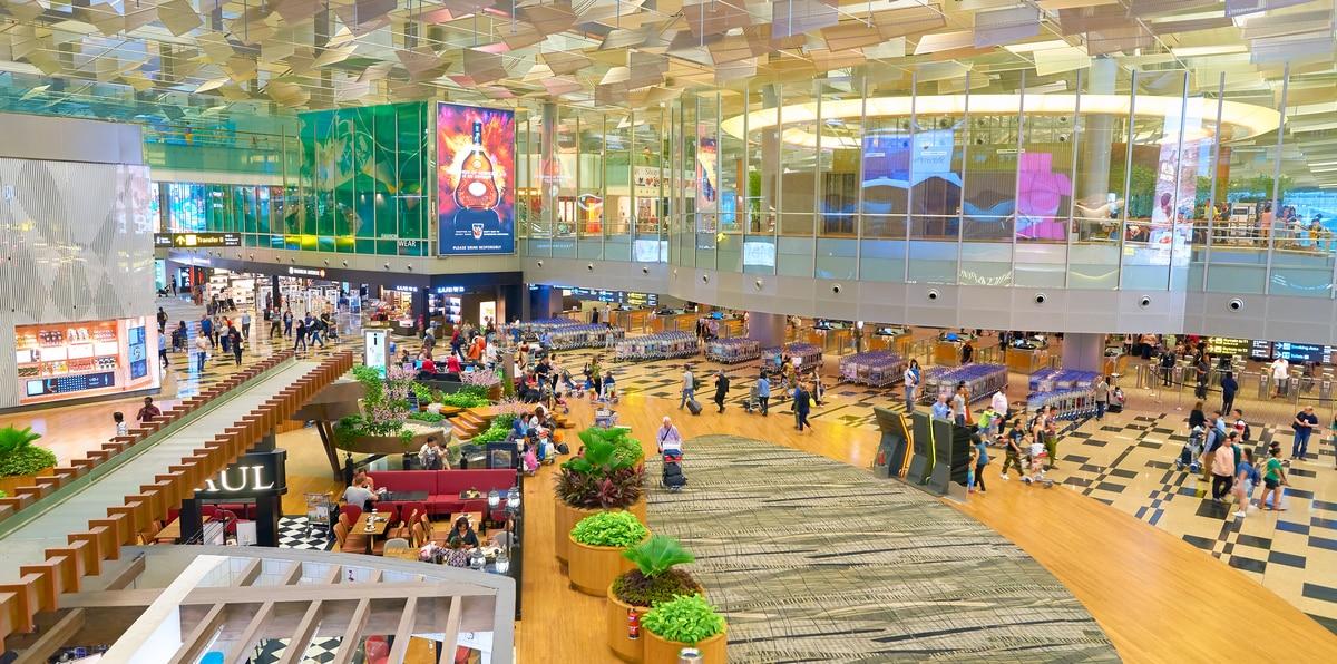 En pausa la actividad comercial de los aeropuertos