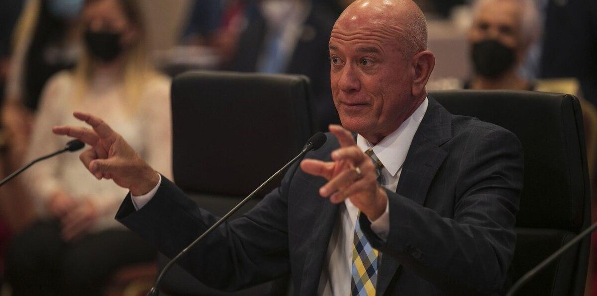"""Larry Seilhamer: """"No tengo ningún amarre"""" para fiscalizar a Luma Energy"""