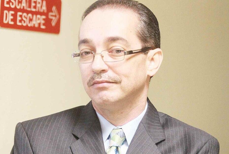 Wilson Soto Molina (Cataño): Tras el paso de la tormenta Jeanne, en 2004, cobró $128,000 mediante soborno a la compañía Oram Engineering para otorgarle el contrato de recogido de escombros.