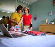 Madre de estudiante de educación especial sostiene que el sistema de enseñanza virtual no es efectivo