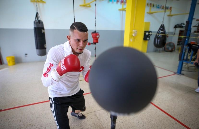 Orlando González, quien subirá este sábado al ensogado en Las Vegas para enfrentar al cubano Robeisy Ramírez, estudió en el recinto de Río Piedras de la Universidad de Puerto Rico.