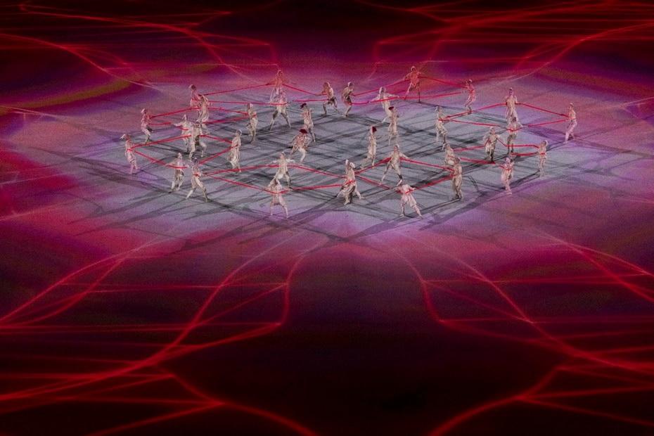 Una coreografía de bailarines durante la ceremonia.