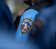 Arrestan a padrastro y a madre de menor de dos años