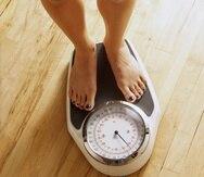 Uno de los signos típicos en una persona con anorexia nerviosa es que se obsesiona por pesarse constantemente, aunque un grupo puntual de afectados adquiere una cierta fobia a hacerlo. (Archivo)