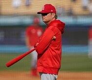 El mánager de los Cardinals de San Luis, Mike Shildt, durante una práctica de bateo previo al juego de wildcards de la Liga Nacional contra los Dodgers de Los Ángeles.