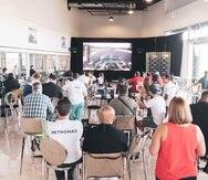 Los asistentes pudieron disfrutar del Gran Premio de Gran Bretaña de Fórmula 1. (Suministrada)