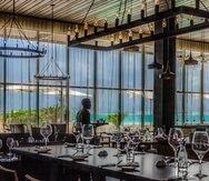 El restaurante Winston's Grill & Patio, del JW Marriott Santo Domingo, de 6:00 a.m. a 10:00 a.m. para el desayuno, y luego vuelve a operar en la tarde para servir la cena.