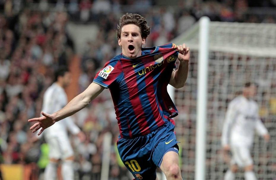 En 2012,  el argentino se convirtió en el primer jugador en anotar cinco tantos en un encuentro de la Liga de Campeones, en la paliza de 7-1 que el Barça le propina al Bayer Leverkusen.
