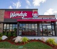 Los Wendy's exigirán prueba de vacunación para poder comer dentro del salón.