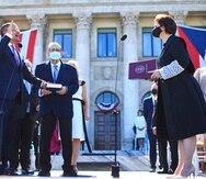 La jueza presidenta del Tribunal Supremo, Maite D. Oronoz Rodríguez, durante la ceremonia de juramentación de Pedro Pierluisi al cargo de gobernador de Puerto Rico.
