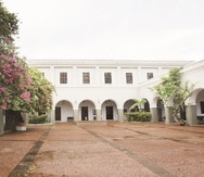 El Seminario Conciliar de San Idelfonso, ubicado en la calle Cristo, fue construido en 1832 y desde el 1985 es la sede del Centro de Estudios Avanzados.
