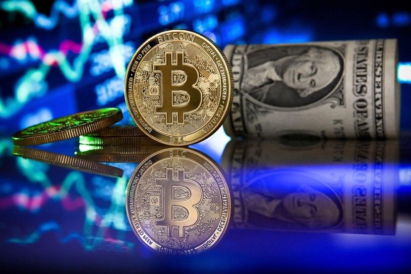 El bitcoin es la criptomoneda más conocida, pero otras como ethereum y litecoin van ganando terreno también como método de pago alternativo.