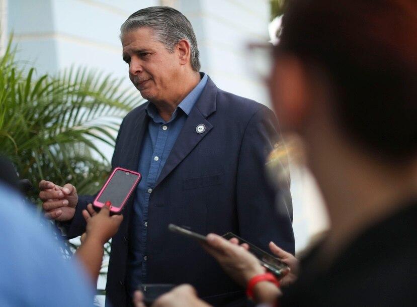 Carlos Acevedo Caballero, comisionado del NMEAD, fue uno de los jefes de agencia que asistió a la reunión de hoy.