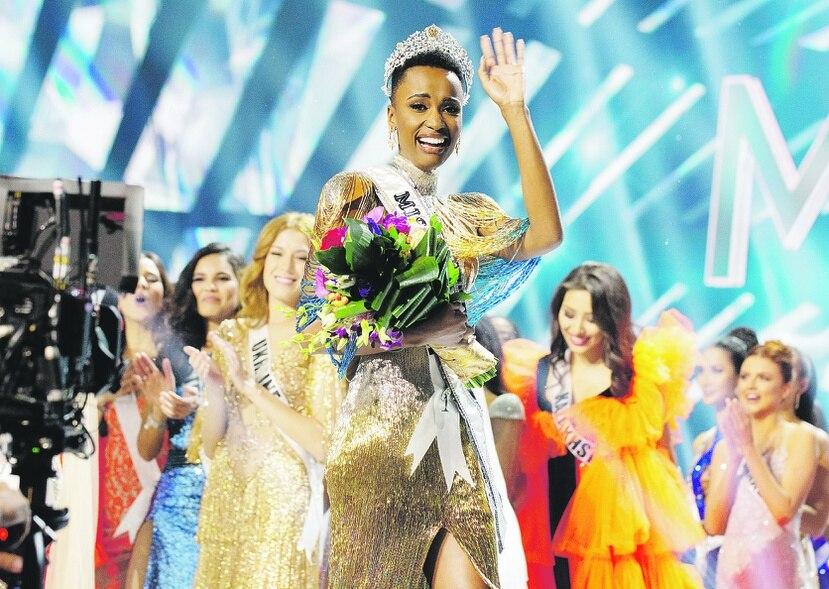 Zozibini Tunzi, es la actual Miss Universe que entregará su corona este domingo, 16 de mayo. (Archivo)