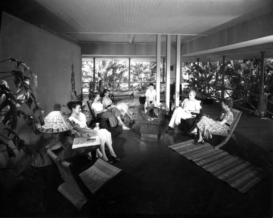 Un día de tertulia en la icónica casa del arquitecto Henry Klumb, en Río Piedras.