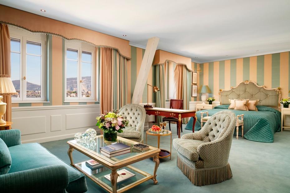 Las habitaciones y suites del hotel D'Angleterre en Suiza están exquisitamente decoradas. La hospedería es dirigida por una familia y está situada en el moderno corazón de Ginebra.