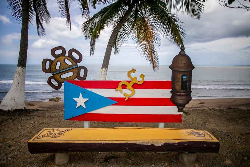 Banco en playa Guaniquilla.