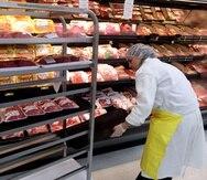 Según el informe del DACO, los productos que más han aumentado de precio son las alitas de pollo, las pechugas de pollo, el biftec, y las chuletas de cerdo de punta y de centro.