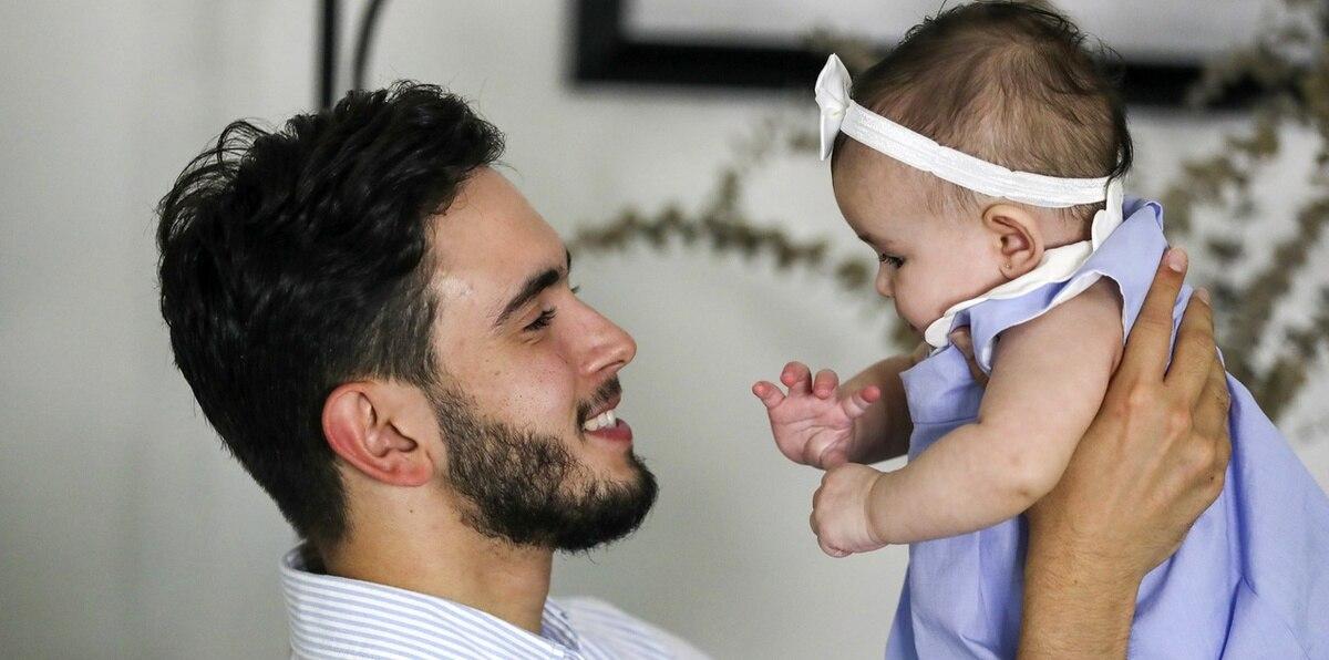 """Brian Afanador: """"El olor de un bebé es lo más hermoso del mundo"""""""