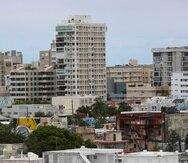 24  de Marzo del 2020  Historia de como  los condominios  tomas prevencion  ante  la pandemia del  COVID 19  en la foto  area de condado  y  santurce condominios david.villafane@gfrmedia.com