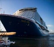 El crucero Mardi Gras atracó en la mañana de hoy, martes, en el Puerto Internacional de la Bahía de San Juan.