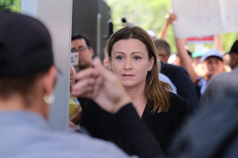La exsecretaria de Educación Julia Keleher fue arrestada por las autoridades federales también en julio del año pasado. (GFR Media)
