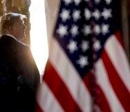 Es casi seguro que el Senado exonerará a Donald Trump, aunque Nancy Pelosi todavía no pasó el proceso a la cámara alta, a la espera de ver qué pueden hacer los demócratas para asegurarse un juicio justo. (AP / Andrew Harnik)