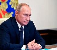 Joe Biden increpa a Vladimir Putin por aumentar las tropas rusas en la frontera con Ucrania