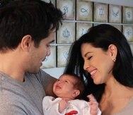 Ektor Rivera y Yara Lasanta compartieron imágenes de su hija, quien nació en diciembre del 2020.